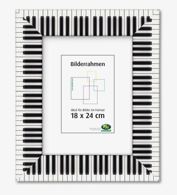 BR_18x24cm Klavier